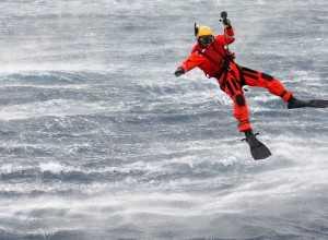 nadador de rescate salvamento maritimo helimer